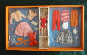 857`MIX N MATCH Gift Set~BarbieBubbleCut~Blonde~NRFB