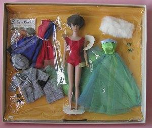 Barbie's~RoundTheClockGiftSet~NRFB~brunette