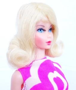 Blonde Tnt Twist 'N Turn Flip face