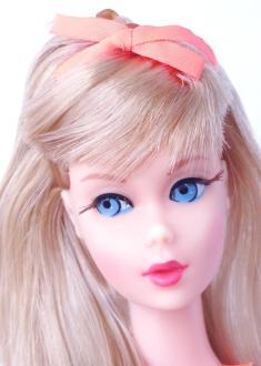 Blonde Twist 'N Turn Barbie Doll
