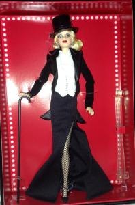 Convention doll blonde
