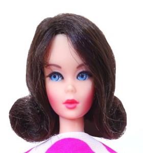 dark-brunettte-flip-twist-n-turn