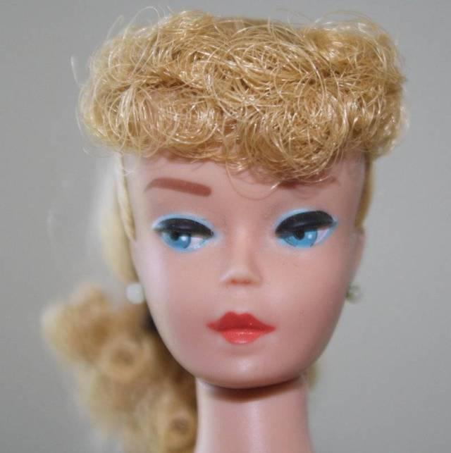 no 6 or 7 Ash Blonde Ponytail