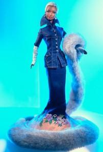 2000 Indigo Obsession™ Barbie fl