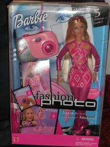 2001 FASHION PHOTO BARBIE GIFTSET n
