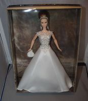 2004 Badgley Mischka Bride n