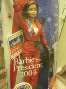 2004 Barbie for President Doll. aa