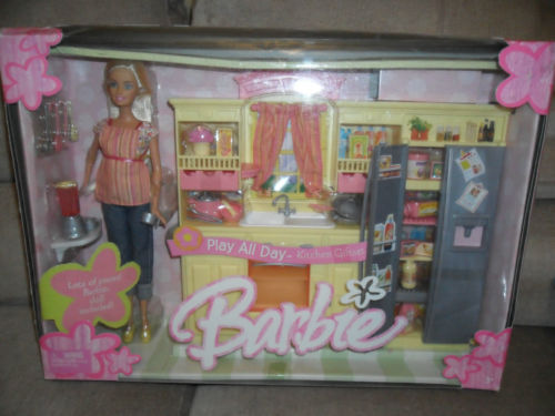 2004 Play All Day Kitchen Gift Set, with Barbie doll.
