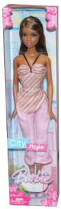 2005 City Style Barbie Doll 2 aa