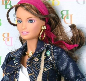 2006 Dooney & Bourke - Barbie Doll. f