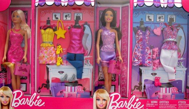 2011 Barbie & Teresa Dolls & Fashions Gift