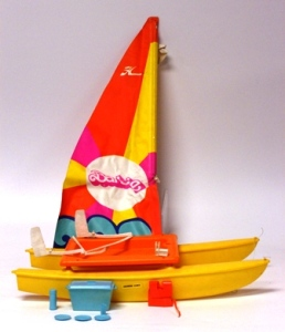 1975 Barbie Sunsailer Catamaran. Model # 9106~inside