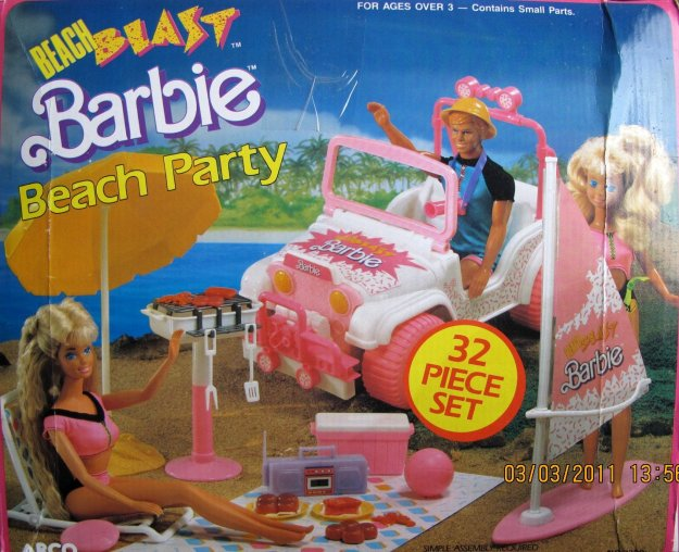 1988 Beach Blast Barbie Beach Party 32 Piece Set (Arco Toys - Mattel)