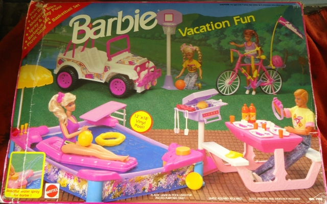 1992 Barbie Vacation Fun Set