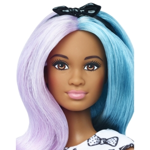 42 Blue Violet Doll & Fashions - Petite face
