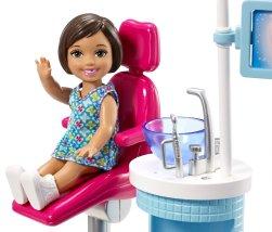 Barbie Dentist Doll & Playset kid
