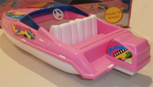 Barbie Wet'n'Wild Speedboat.jpg1