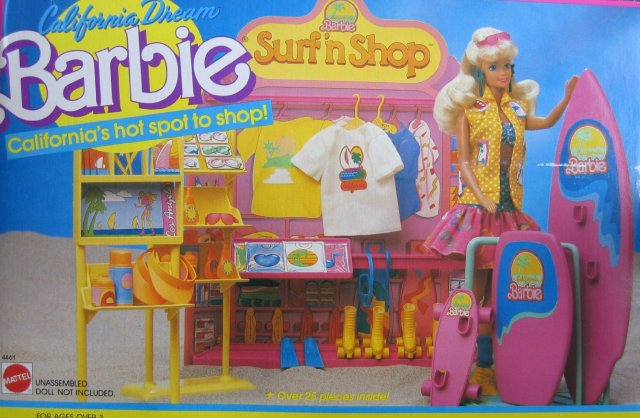 California Dream BARBIE Surf 'n Shop 25+ Piece Playset