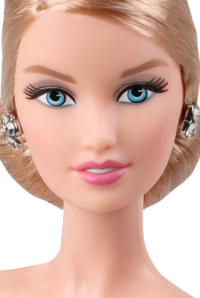 Oscar de la Renta Barbie® Doll face