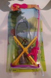 barbie-camping-fun-accessory-pack-fishing-pole-compass-binoculars-4-pieces