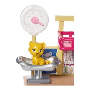 barbie-careers-zoo-doctor-doll-playset1