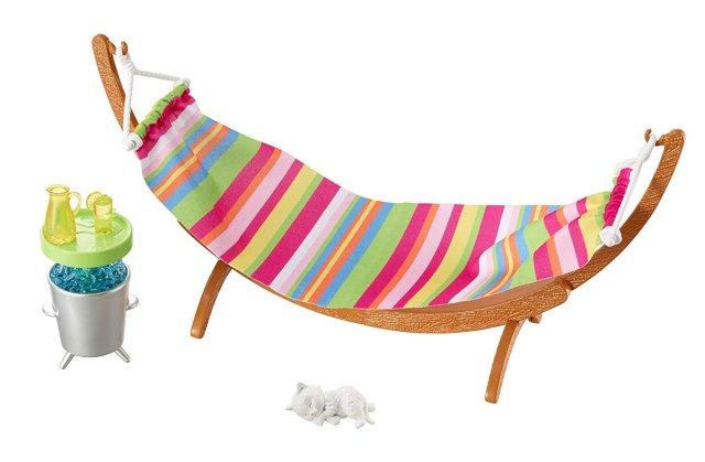 barbie-hammock-furniture-accessory-set