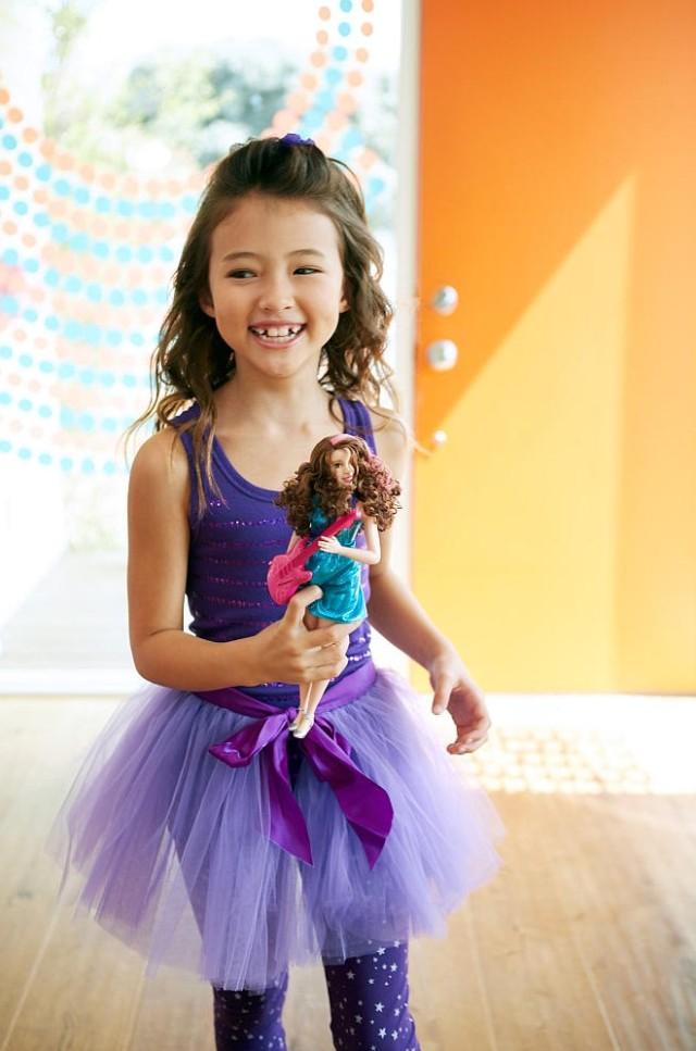 barbie-pop-star-fashion-doll-poster