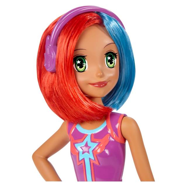 barbie-video-game-hero-multi-color-hair-doll-face