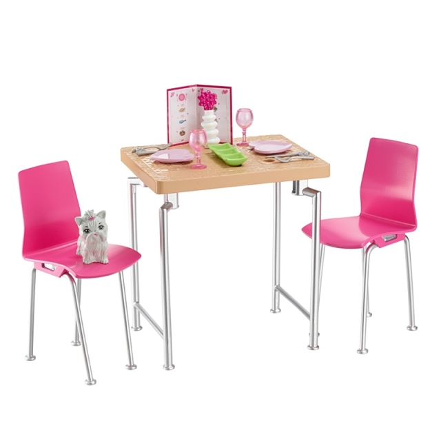 dining-set-with-kitten-3
