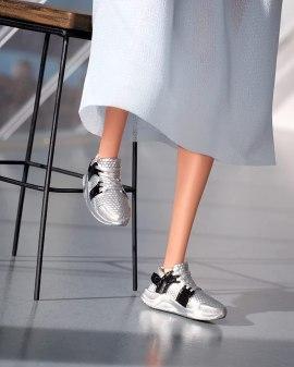 GTJ82 silver shoes