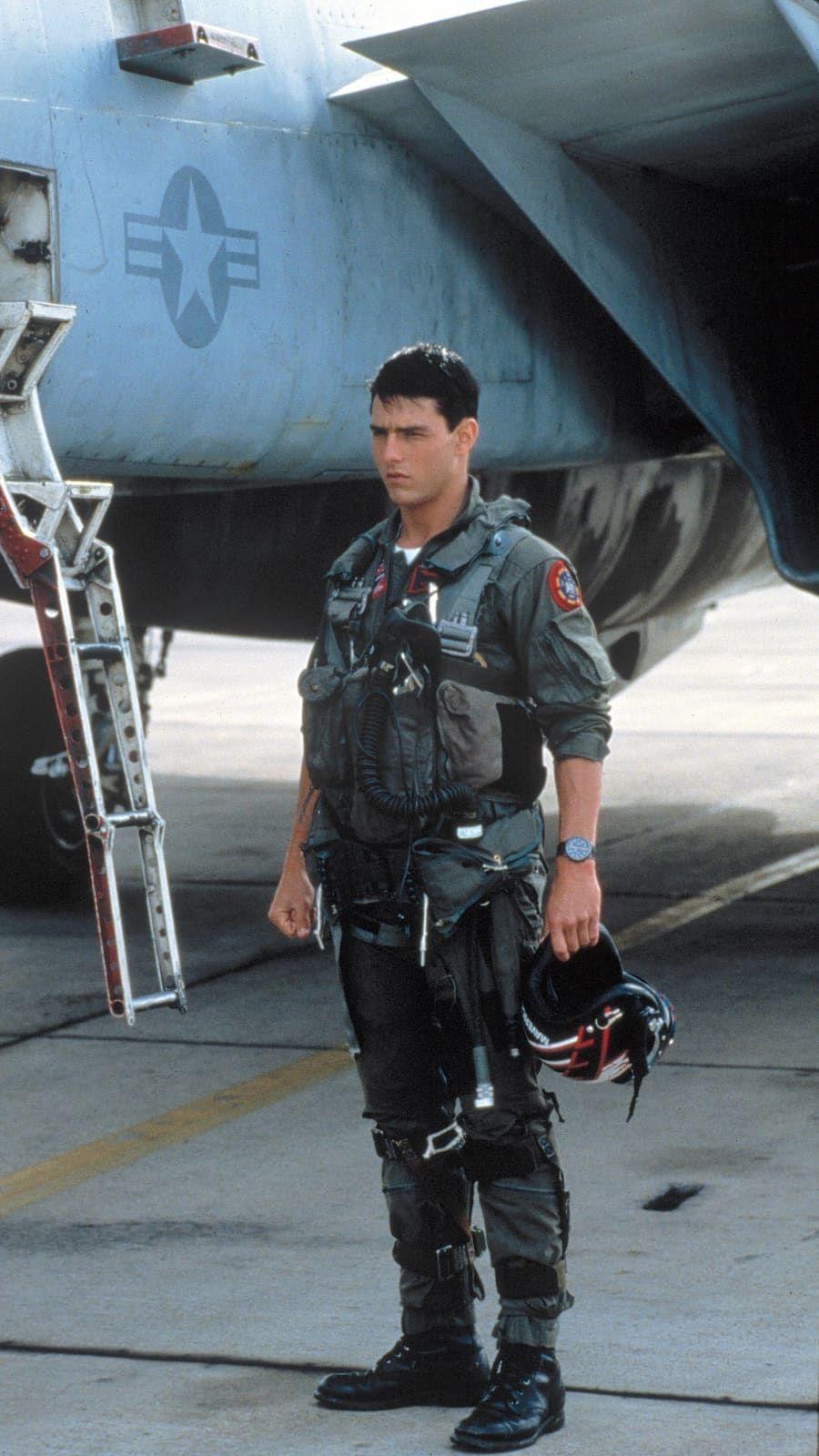 Maverick (Tom Cruise)