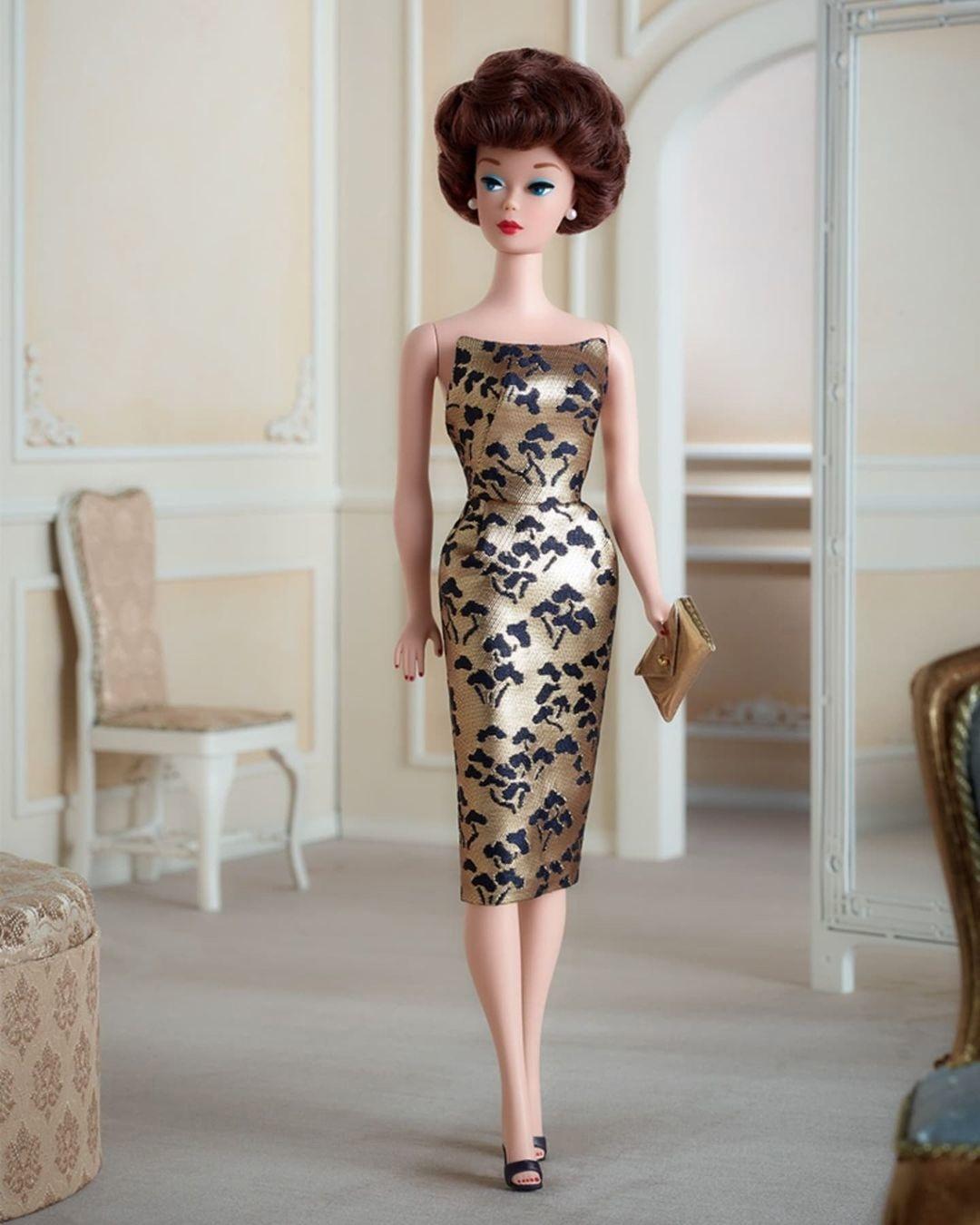 Repro Silkstone 1961 Bubble Cut Barbie doll
